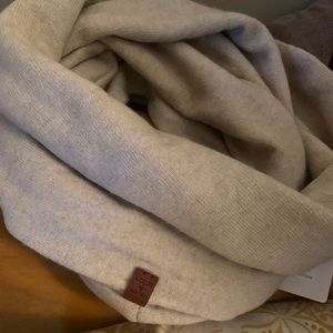 Buckley and Mitchell cashmere blend circle scarf